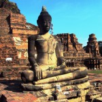 Bouddha (Wat Phra Mahathat - Ayutthaya)