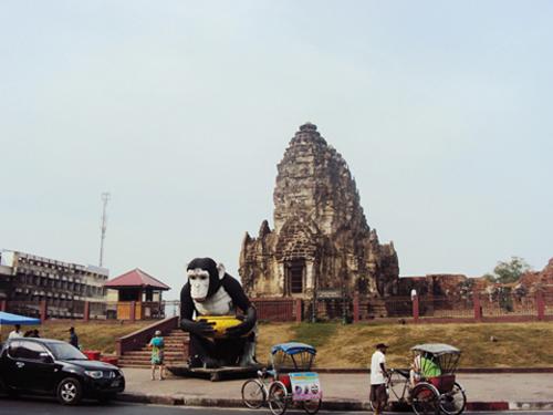 Wat Phra Prang Sam Yod (Lopburi - Thaïlande)