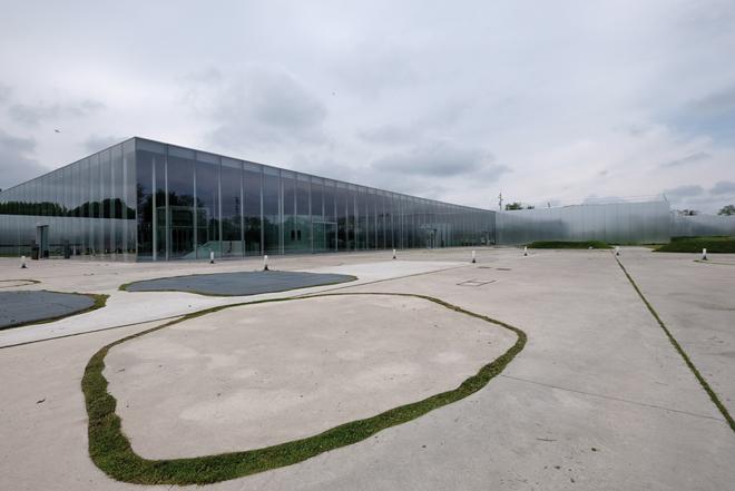 Le musée du Louvre Lens près de Lille
