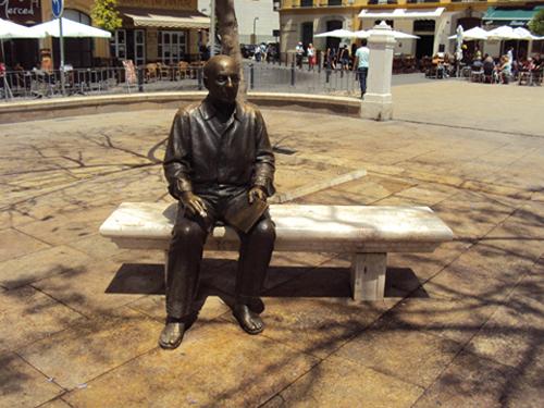 La statut de Pablo Picasso sur la Plaza Merced de Malaga (Andalousie-Espagne)