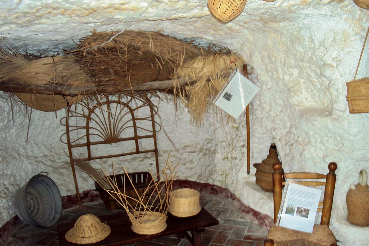 Chambre Maison troglodyte Alhambra Grenade Roadtrip Andalousie Espagne