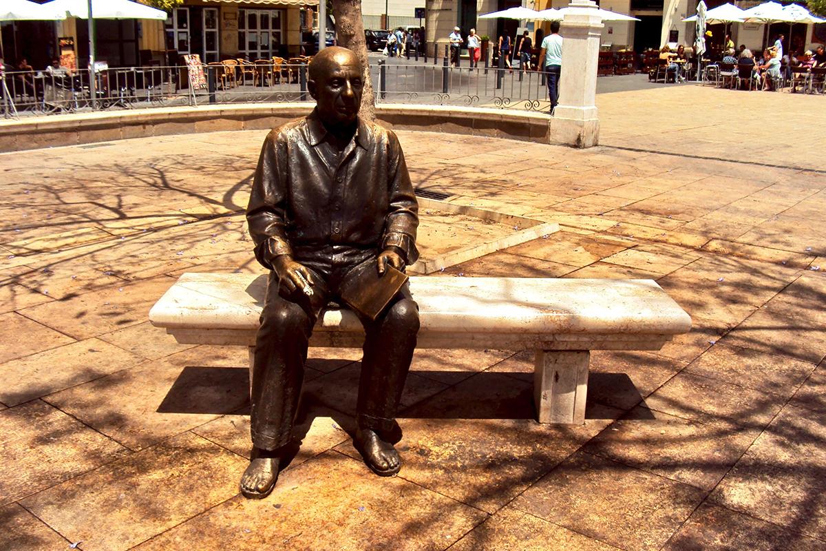 Statue Picasso Malaga Roadtrip Andalousie Espagne