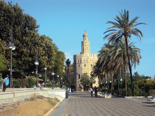 La Torre del Oro à Séville (Andalousie-Espagne)