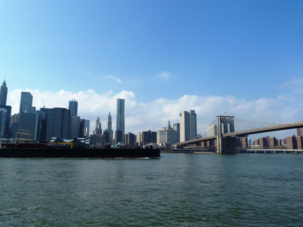 La SkyLine de New York et le Brooklyn Bridge