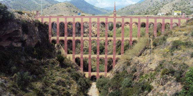 L'aqueduc de l'Aigle à Nerja