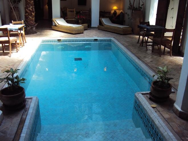 Quel logement choisir pour un s jour marrakech planete3w for Riad piscine privee marrakech