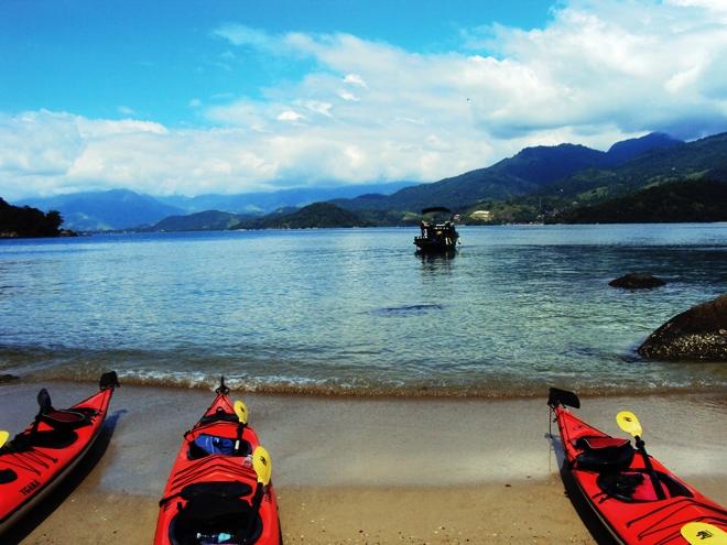 Le kayak en mer dans la baie de Paraty, c'est top !