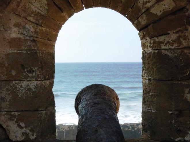Vue sur l'océan depuis le Borj Adoumoue de Salé
