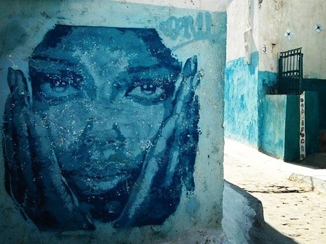 Une oeuvre de street-art dans la Kasbah des Oudayas à Rabat