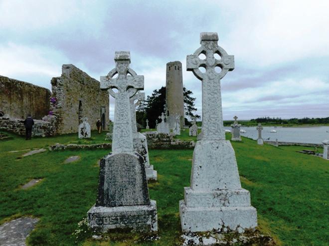 Clonmacnoise et ses hautes croix