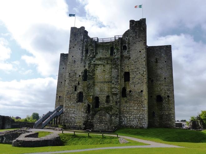 Le château fort de Trim en Irlande