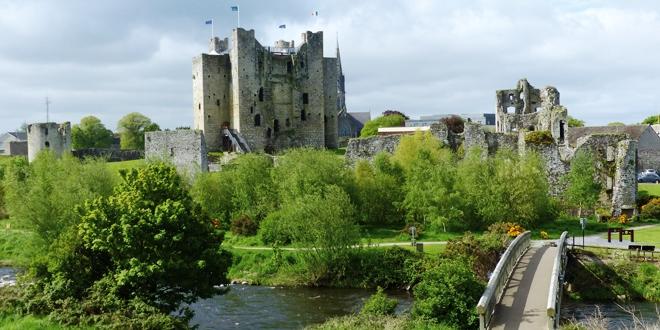 Road trip irlande trim une cit m di vale blog voyage planete3w - Construire une cite medievale ...