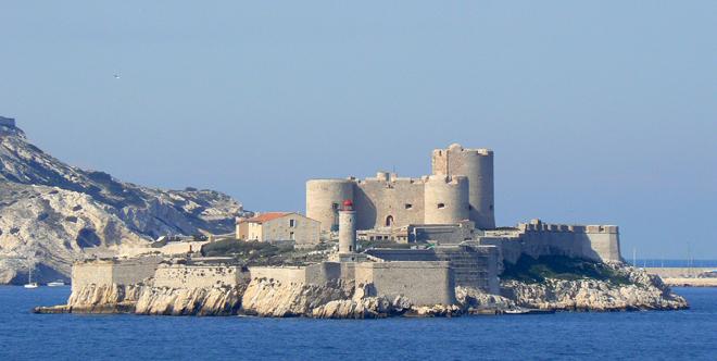 La cèlebre prison Chateau d'If au large de Marseille