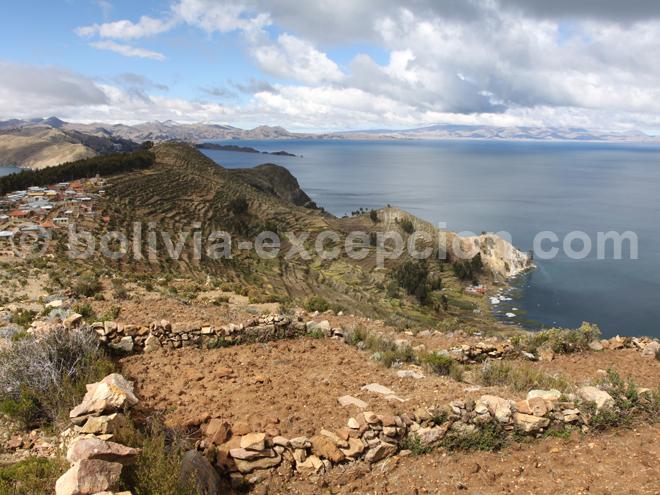 L'Isla del Sol sur le lac Titicaca en Bolivie