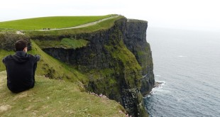 Les magnifiques falaises Moher en Irlande