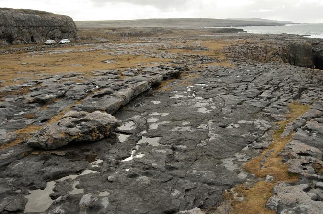 Le Burren est une région rocailleuse d'Irlande