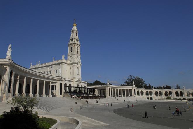 La basilique de Notre-Dame de Fátima près de Lisbonne
