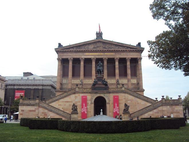 L'Altes Museum sur l'île aux musées à Berlin