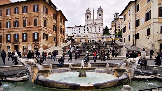 La Piazza di Spagna est un lieu très agréable à Rome