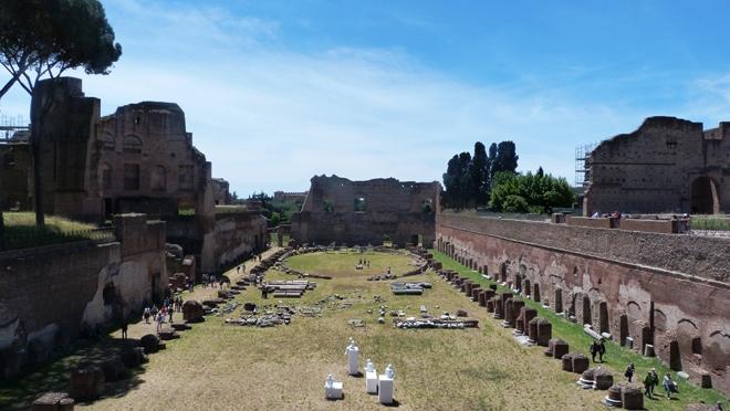 Des ruines sur le mont Palatin à Rome