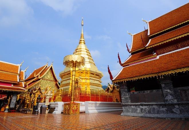 Le temple de Doi Suthep près de Chiang Mai