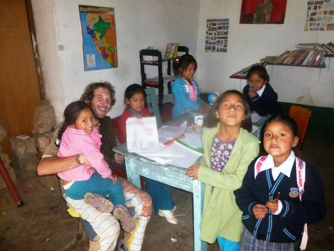 Apprentissage et partage à la ludothèque Warma Suyus au Pérou