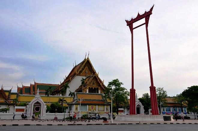 Le Wat Suthat, le temple de la Balançoire