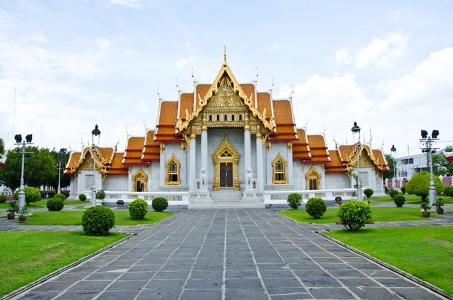 Le Wat Benjamabohitr, le temple de marbre