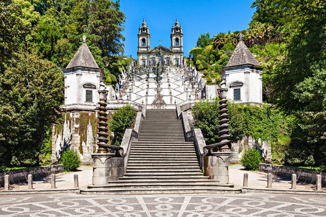 Le sanctuaire de Bom Jesus do Monte et son imposant escalier près de Braga