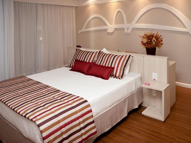 Une chambre spacieuse au Mercure Brasilia Lider Hotel