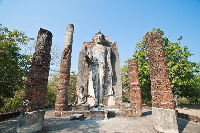Le Wat Saphan Hin et son bouddha debout