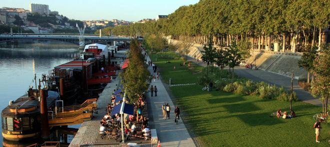 Les très animées Berges du Rhône à Lyon