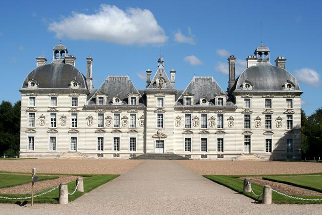 Le château de Cheverny a inspire Hervé dans les aventures de Tintin