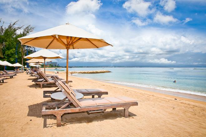 Sanur Beach sur l'île de Bali en Indonésie