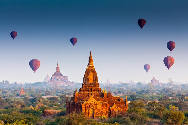 Le site des temples de Bagan avec de plus de 2 000 temples, pagodes et stûpas au Myanmar
