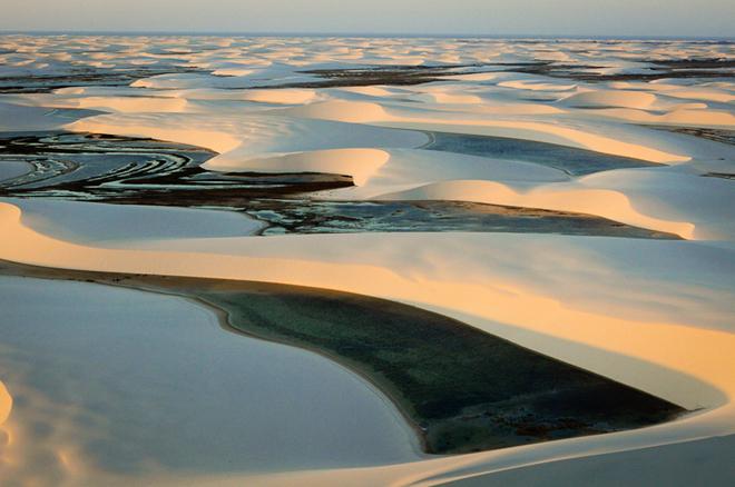 L'immense désert de sable blanc : les Lençóis au Brésil