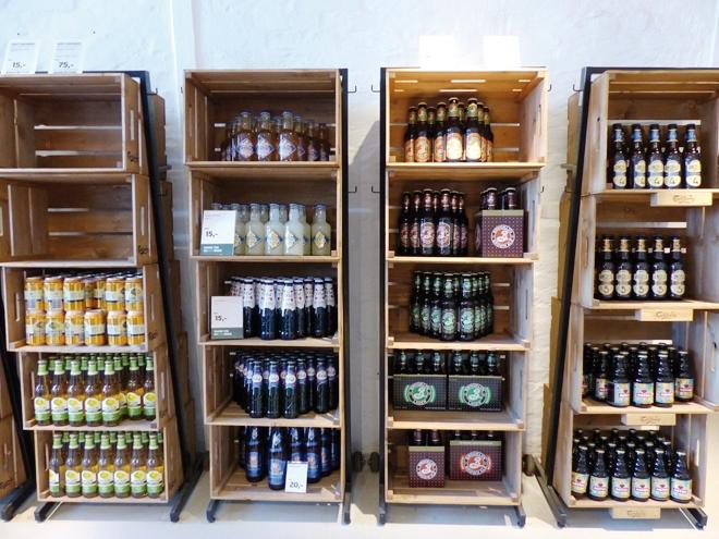 Visite de la brasserie Carlsberg avec à la fin de bonnes bieres à déguster
