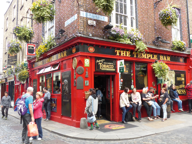 Temple bar une institution à Dublin