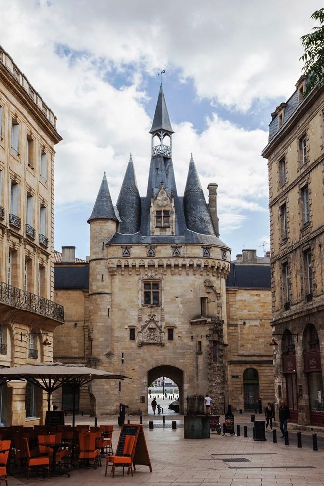 La Porte Cailhau à Bordeaux
