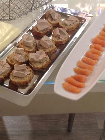 degustation foie gras d'oie et saumon lors d'une Balade gourmande à Lille