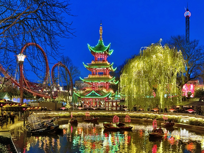 Le parc d'attractions Tivoli à Copenhague