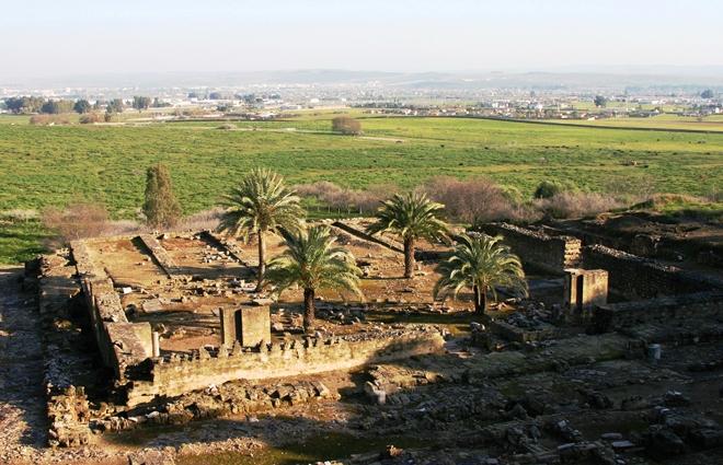 Les ruines de la Medinat al-Zahara à la sortie de Cordoue
