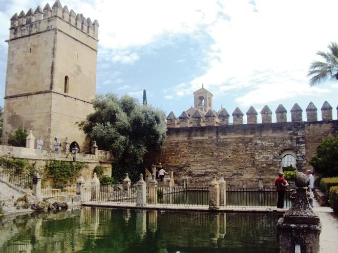 Le palais-forteresse de l'Alcazar à Cordoue