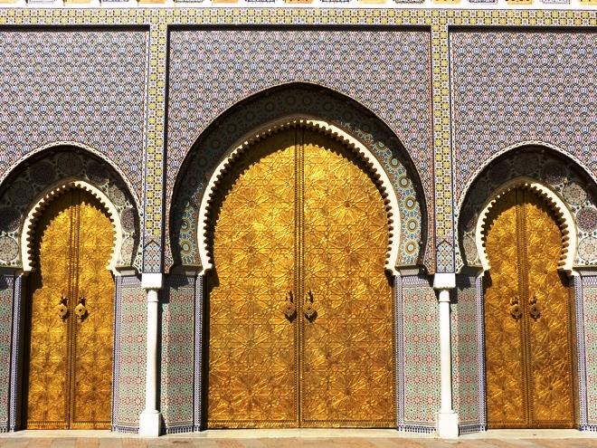 Les magnifiques portes du Palais royal de Fès