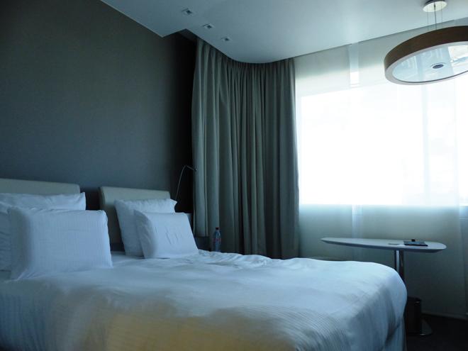 Notre chambre spacieuse et confortable au Pullman