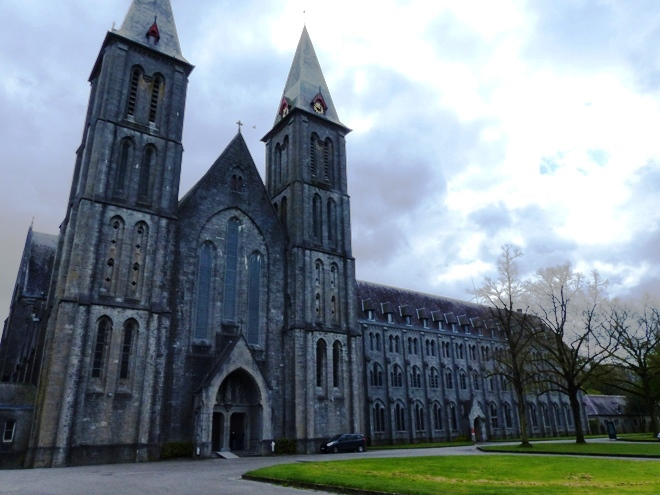 L'église de l'Abbaye de Maredsous près de Dinant