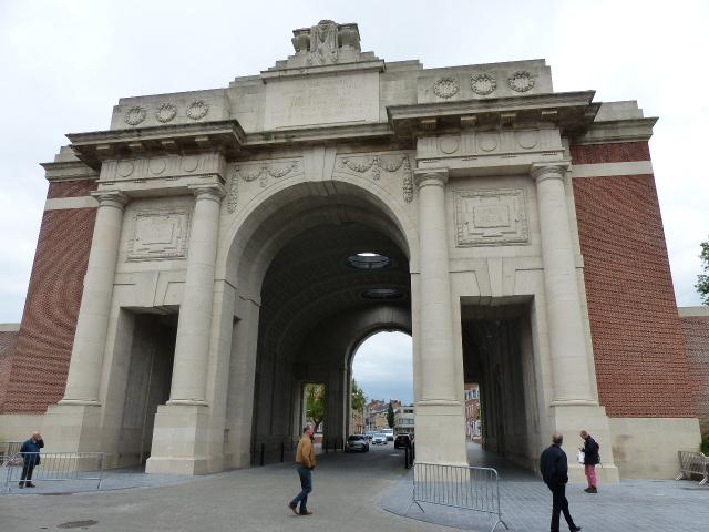 L'incontournable Porte de Menin à Ypres