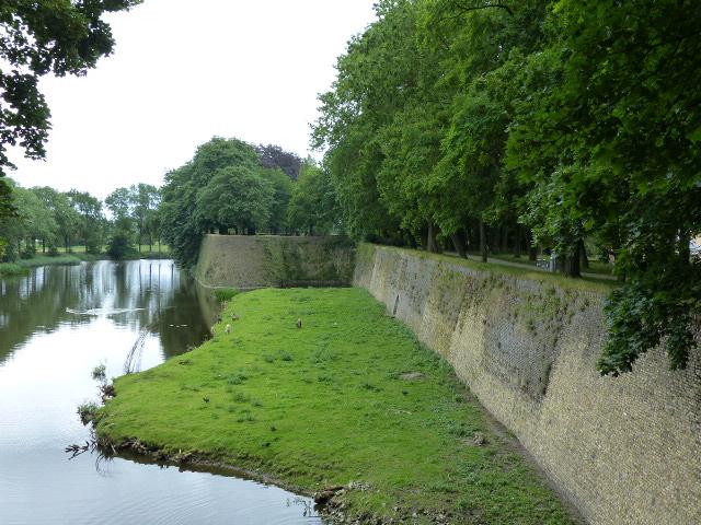 Promenade sur les remparts d'Ypres