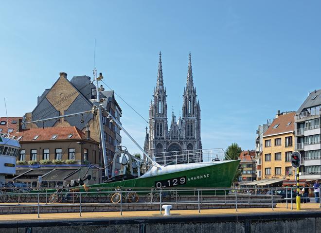 Le bateau de pêche Amandine devenu un navire-musée à OstendeLe bateau de pêche Amandine devenu un navire-musée à Ostende
