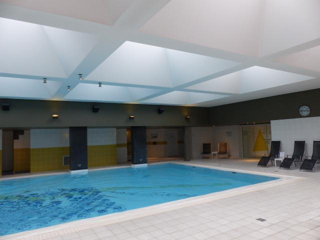 L'hôtel Andromeda dispose d'une piscine et d'un centre de bien-être